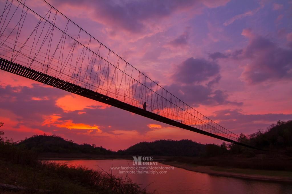 สะพานแขวน ในอช.แก่งกระจาน