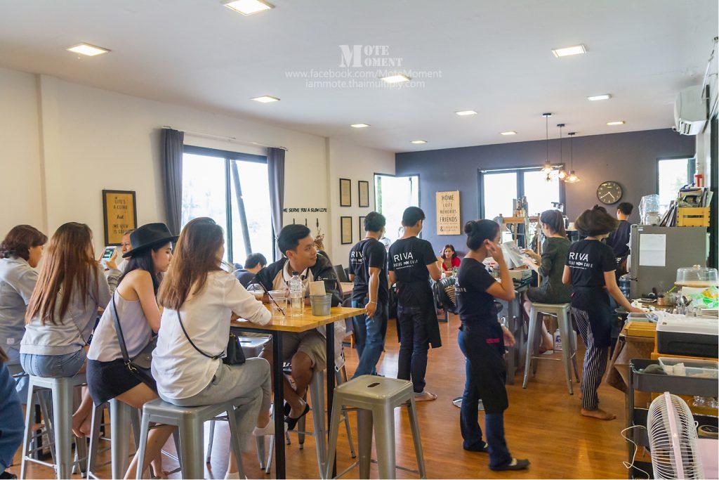 พาเที่ยว ร้าน RIVA floating cafe